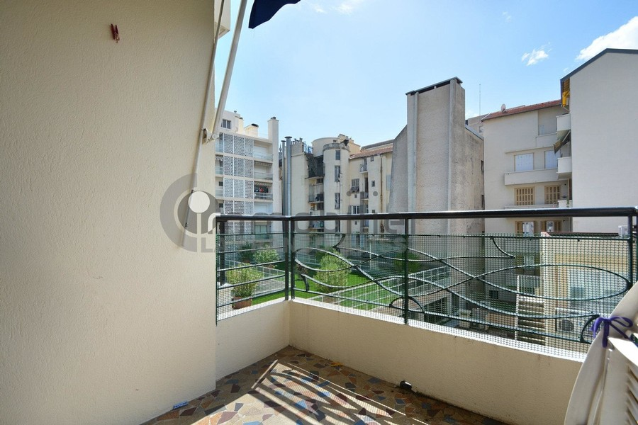Location-appartement-Nice-
